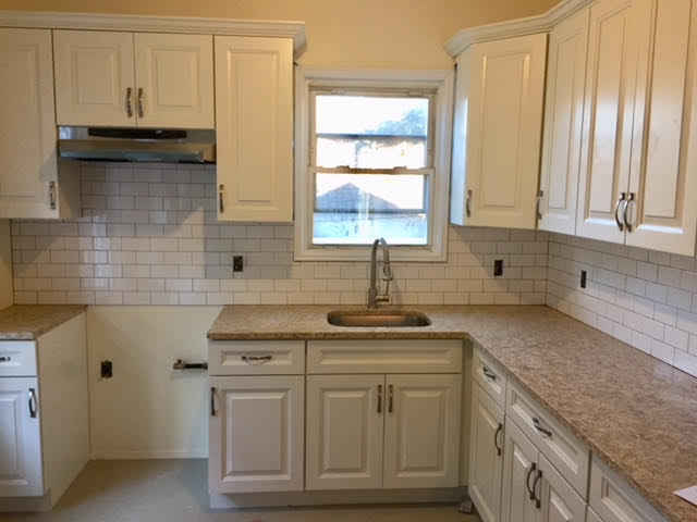 Apartment in Kew Gardens - Blvd  Queens, NY 11415