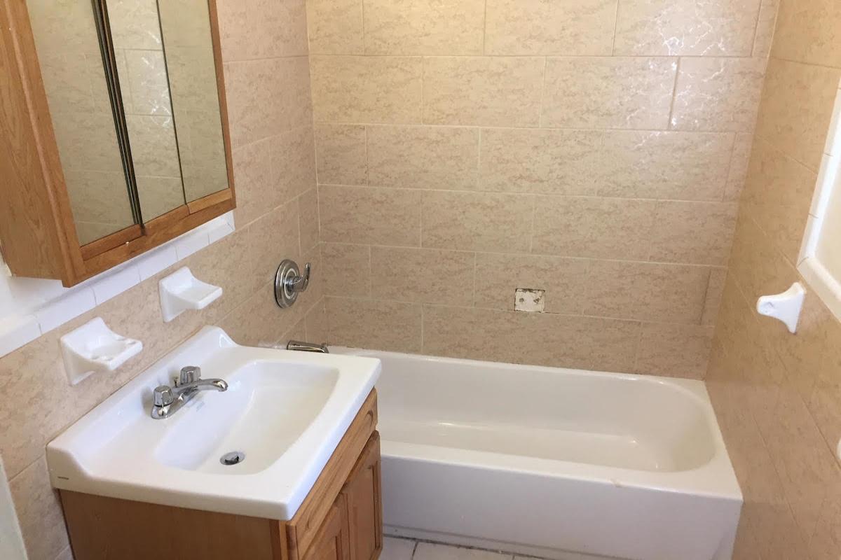 Apartment Avenue  Queens, NY 11415, MLS-RD1672-7