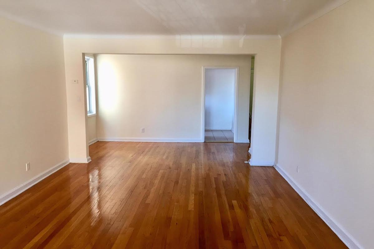 Apartment Avenue  Queens, NY 11415, MLS-RD1672-5