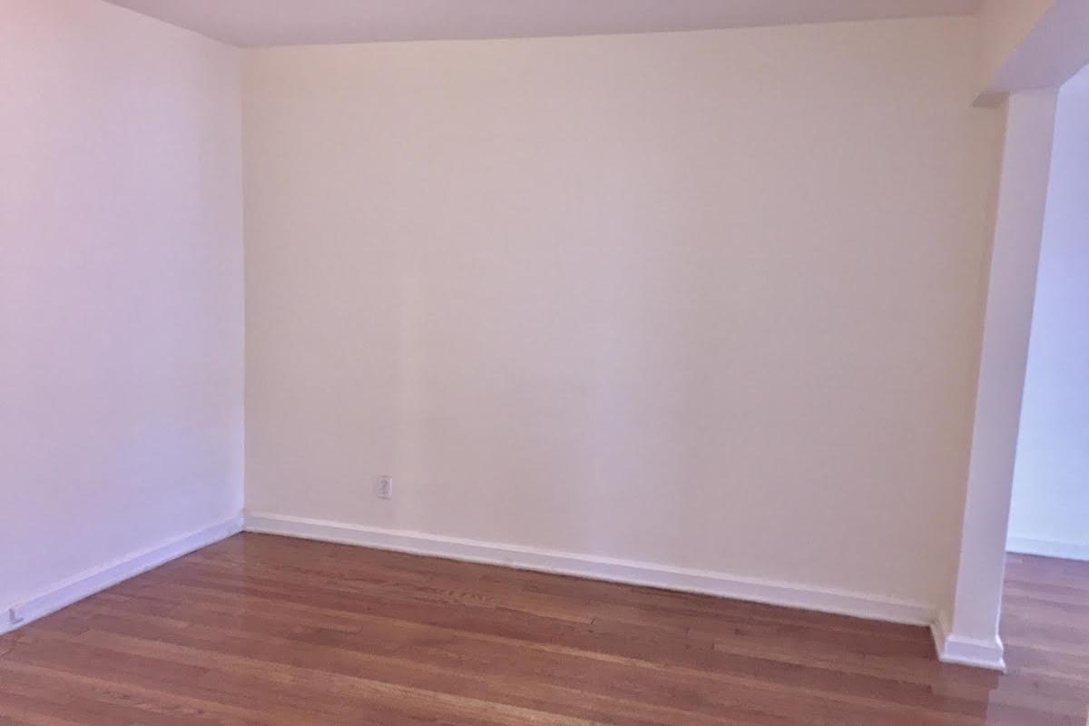 Apartment Avenue  Queens, NY 11415, MLS-RD1674-2