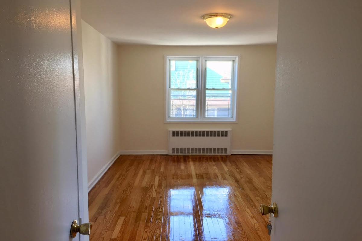 Apartment Avenue  Queens, NY 11415, MLS-RD1674-4