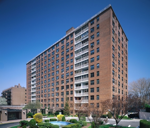 in Kew Gardens - 83rd Ave   Queens, NY 11415