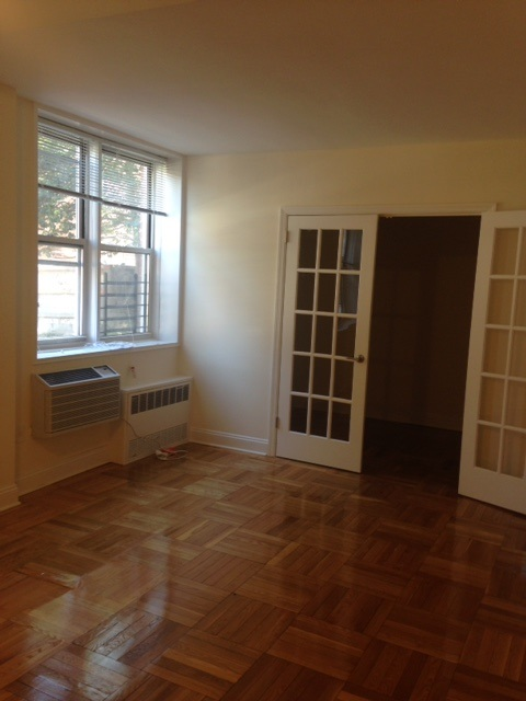 Apartment 150 St  Queens, NY 11367, MLS-RD1856-13