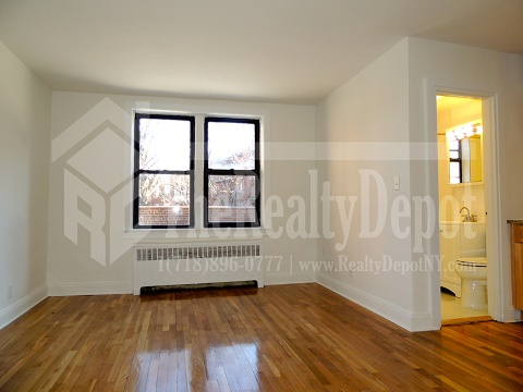 113 Th Street  Queens, NY 11375, MLS-RD1861-4