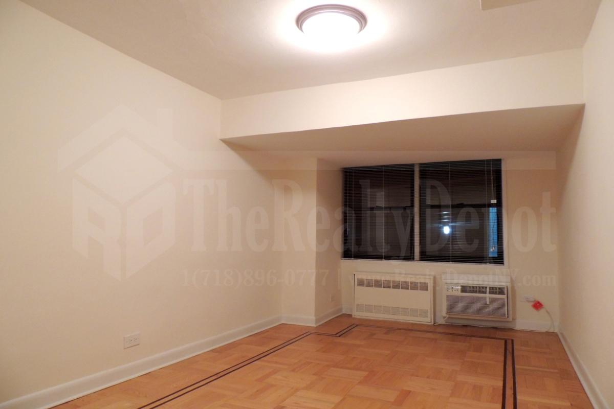 Apartment 67th Avenue  Queens, NY 11374, MLS-RD1867-6
