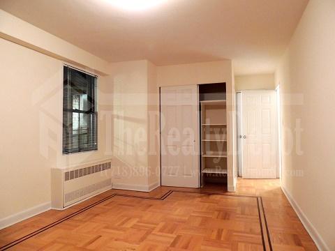 Apartment 67th Avenue  Queens, NY 11374, MLS-RD1867-10
