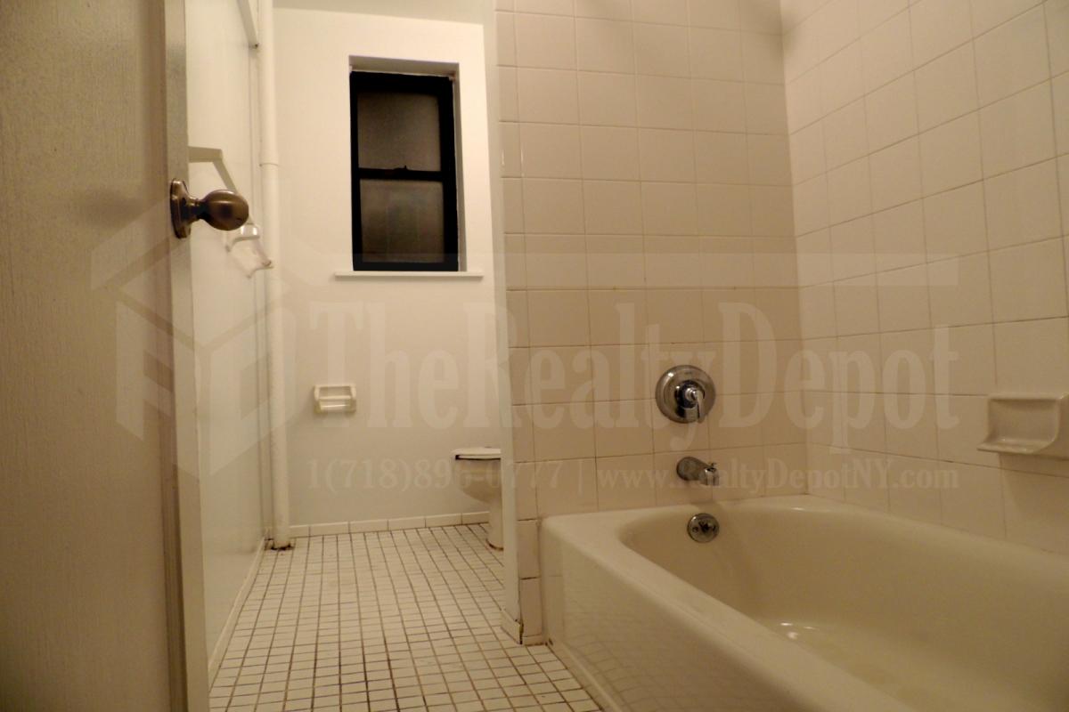 Saunders Street  Queens, NY 11374, MLS-RD1872-12