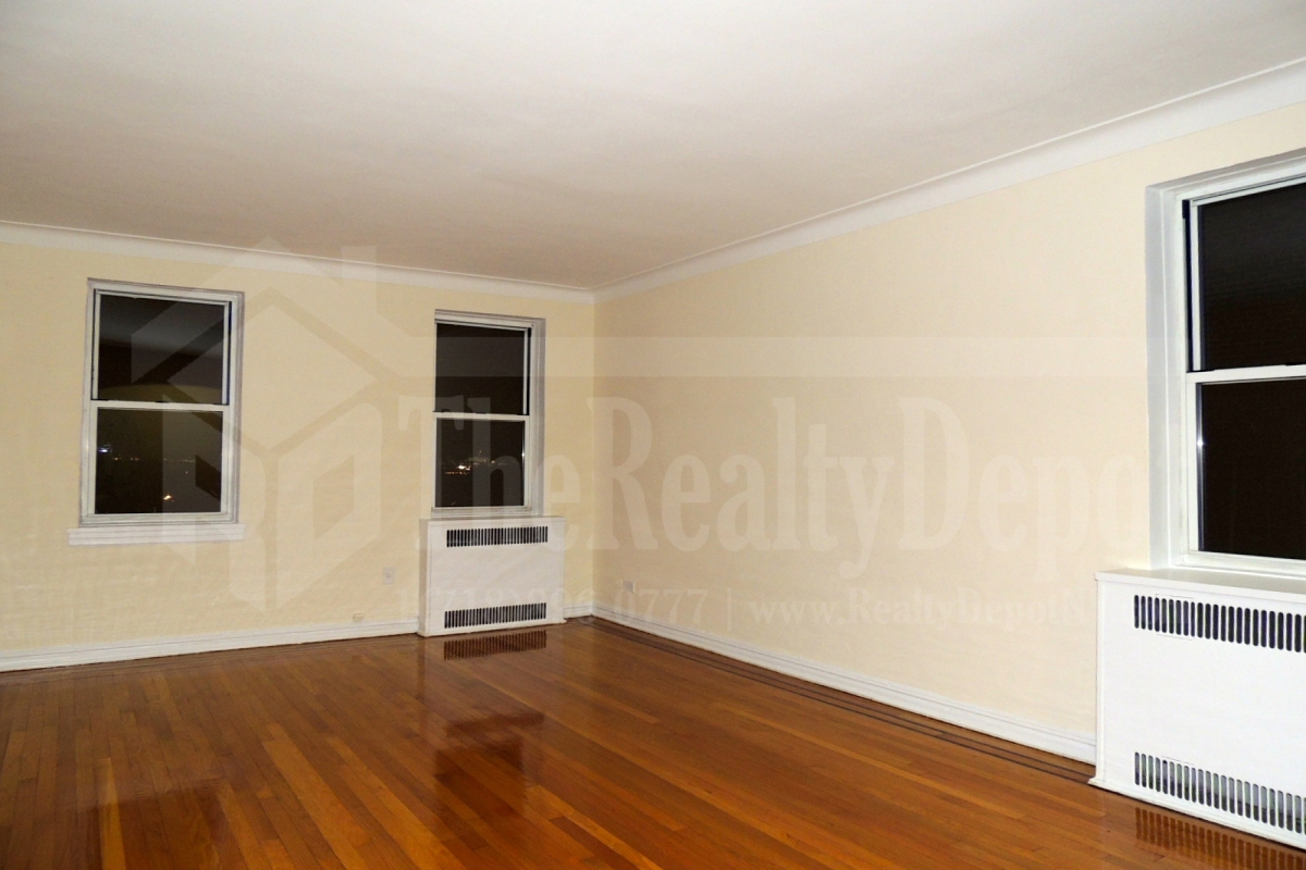 Apartment 113th Street  Queens, NY 11418, MLS-RD1932-3