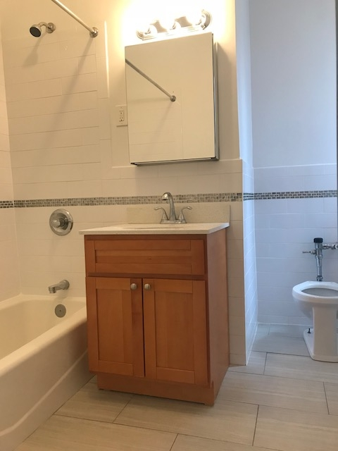 Apartment in Flushing - 41st Avenue  Queens, NY 11355