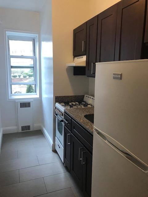 Apartment 41st Avenue  Queens, NY 11355, MLS-RD1933-6
