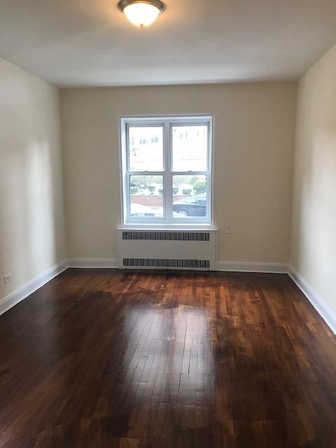 Apartment 41st Avenue  Queens, NY 11355, MLS-RD1933-10