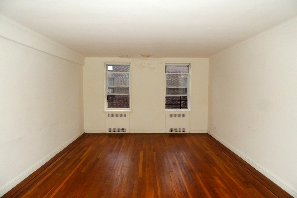 Apartment 118th Street  Queens, NY 11415, MLS-RD2028-3