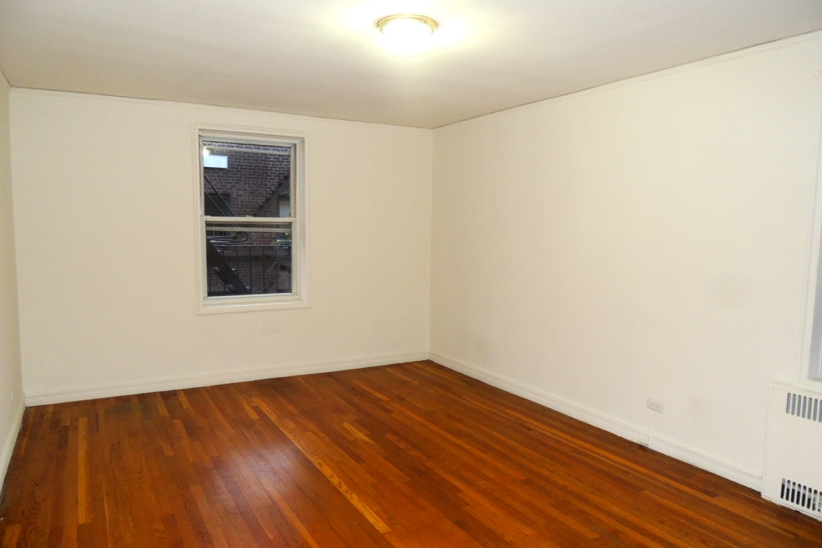Apartment 118th Street  Queens, NY 11415, MLS-RD2028-7