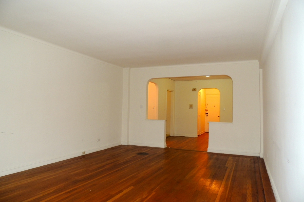 Apartment 118th Street  Queens, NY 11415, MLS-RD2028-9