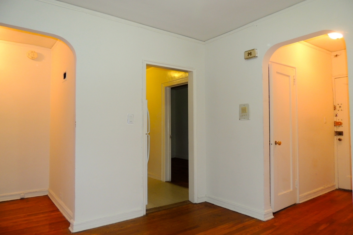 Apartment 118th Street  Queens, NY 11415, MLS-RD2028-10