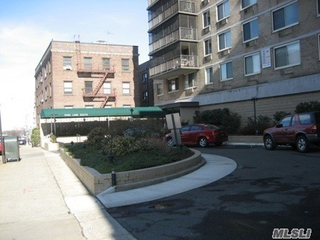 Union Turnpike  Queens, NY 11418, MLS-RD2039-2