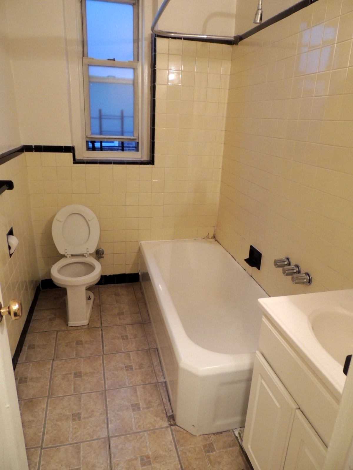 Apartment 118th Street  Queens, NY 11415, MLS-RD2179-4