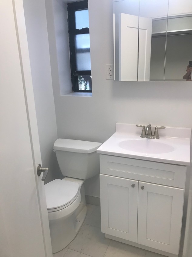 Apartment 35th Avenue  Queens, NY 11372, MLS-RD2198-7