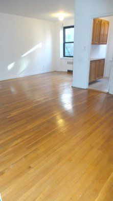Apartment in Forest Hills - 68th Drive  Queens, NY 11375