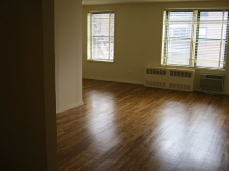 Apartment Colden Street  Queens, NY 11355, MLS-RD2355-3