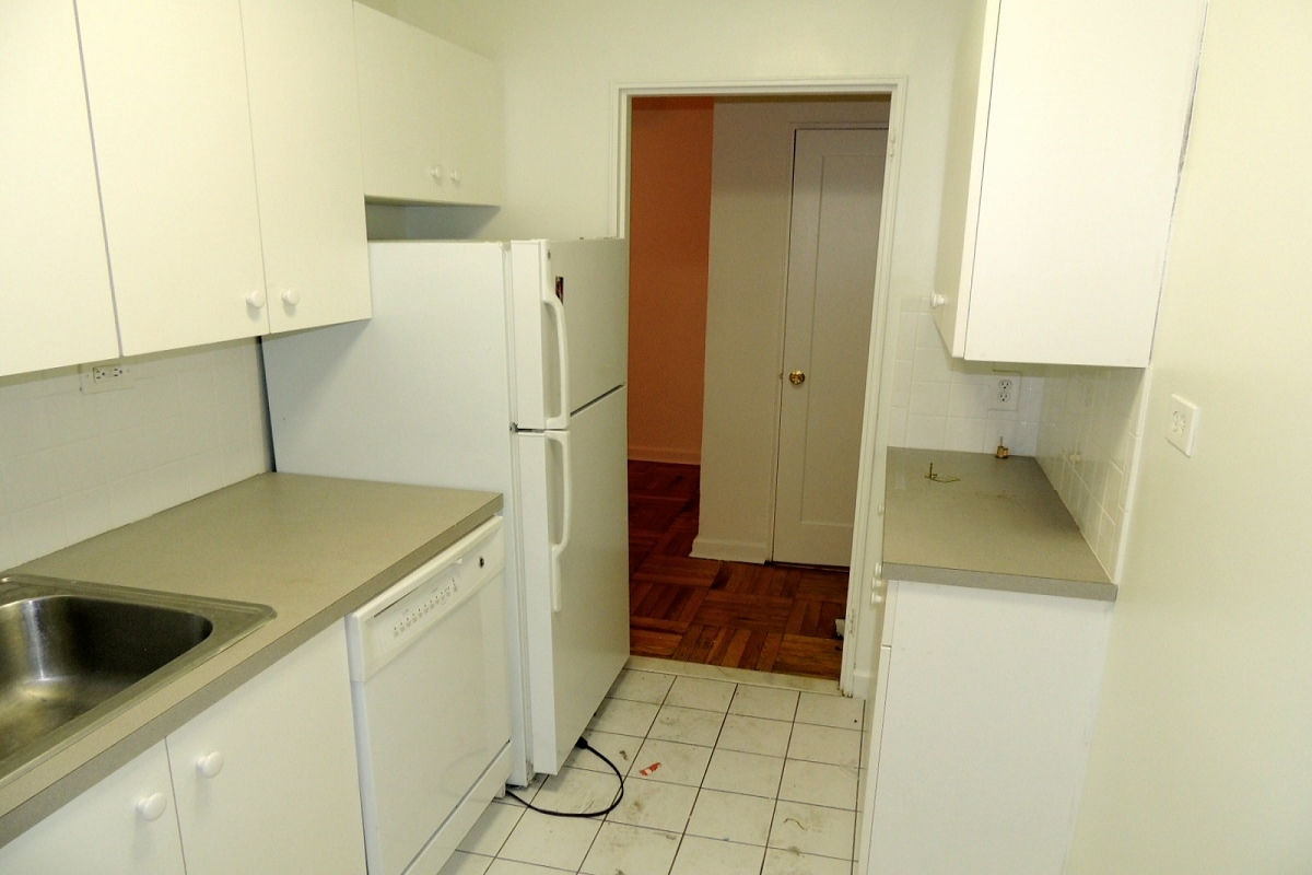 in Briarwood - 83rd Avenue  Queens, NY 11415