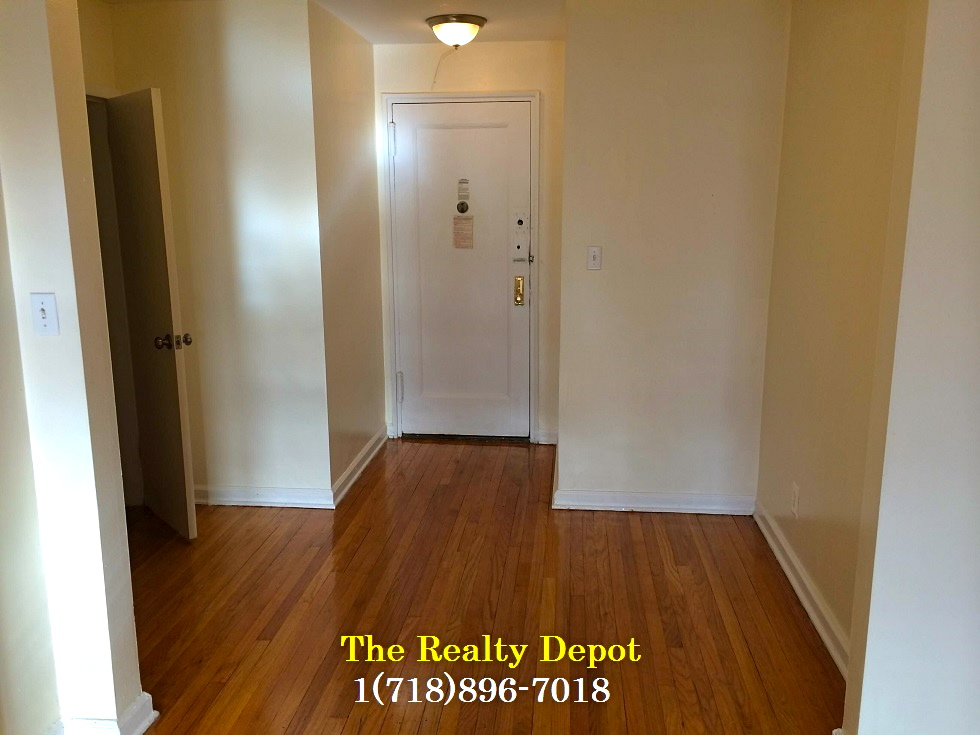 Apartment Hillside  Queens, NY 11418, MLS-RD2437-9