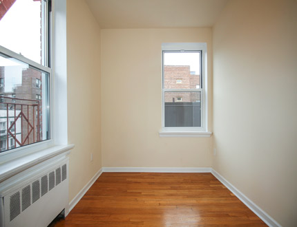 118 St  Queens, NY 11415, MLS-RD2448-16