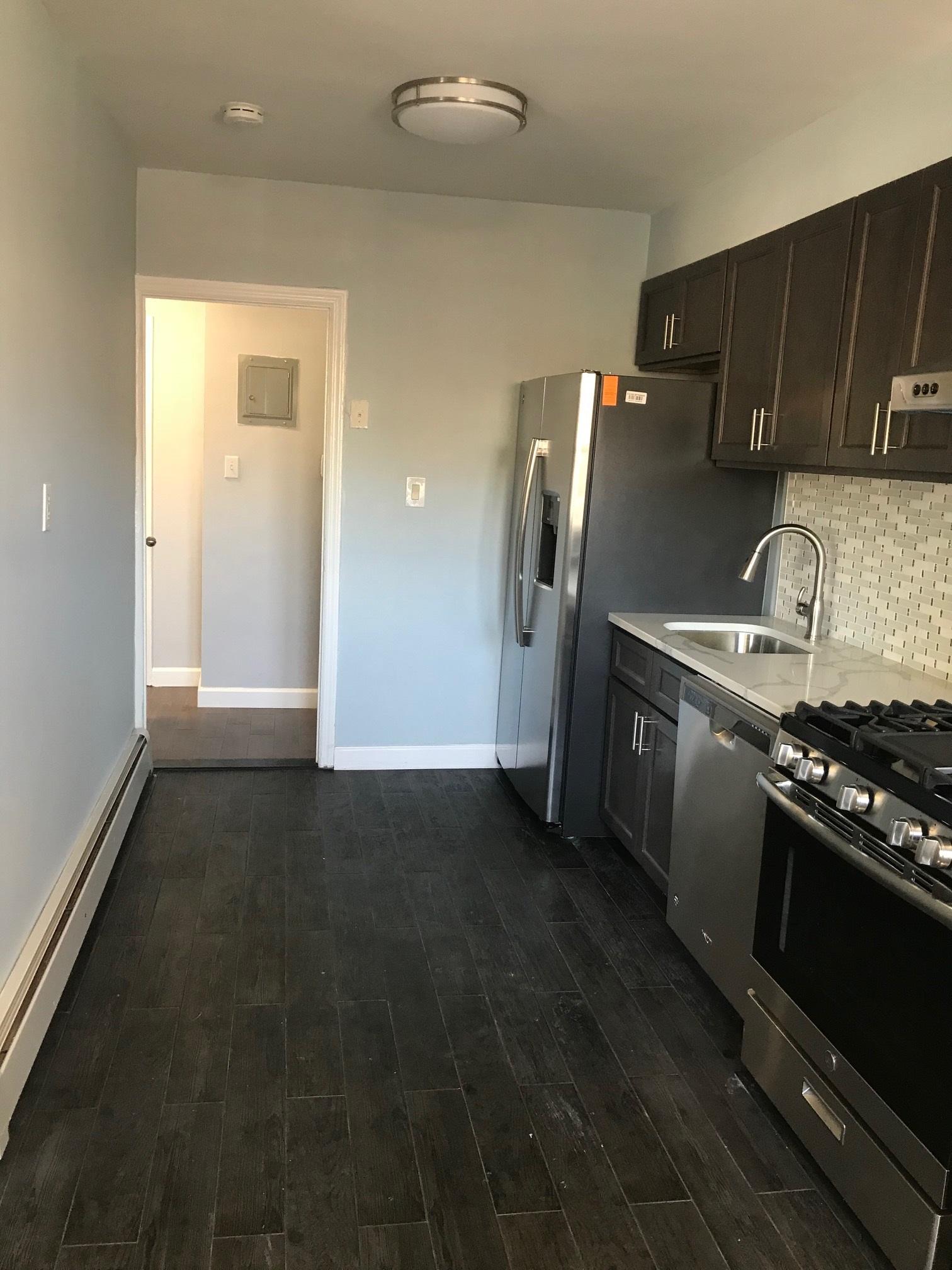 Juno St  Queens, NY 11375, MLS-RD2558-8