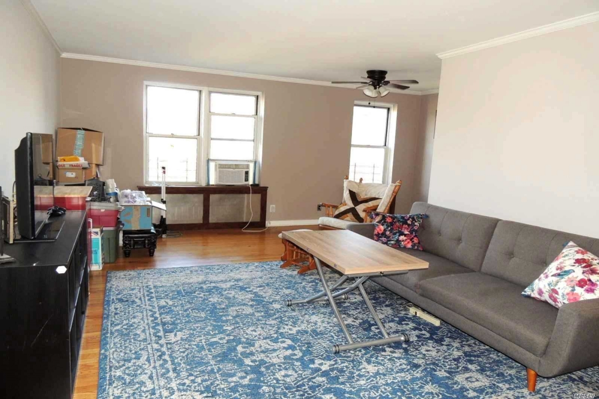 Yellowstone Blvd  Queens, NY 11375, MLS-RD3263-17