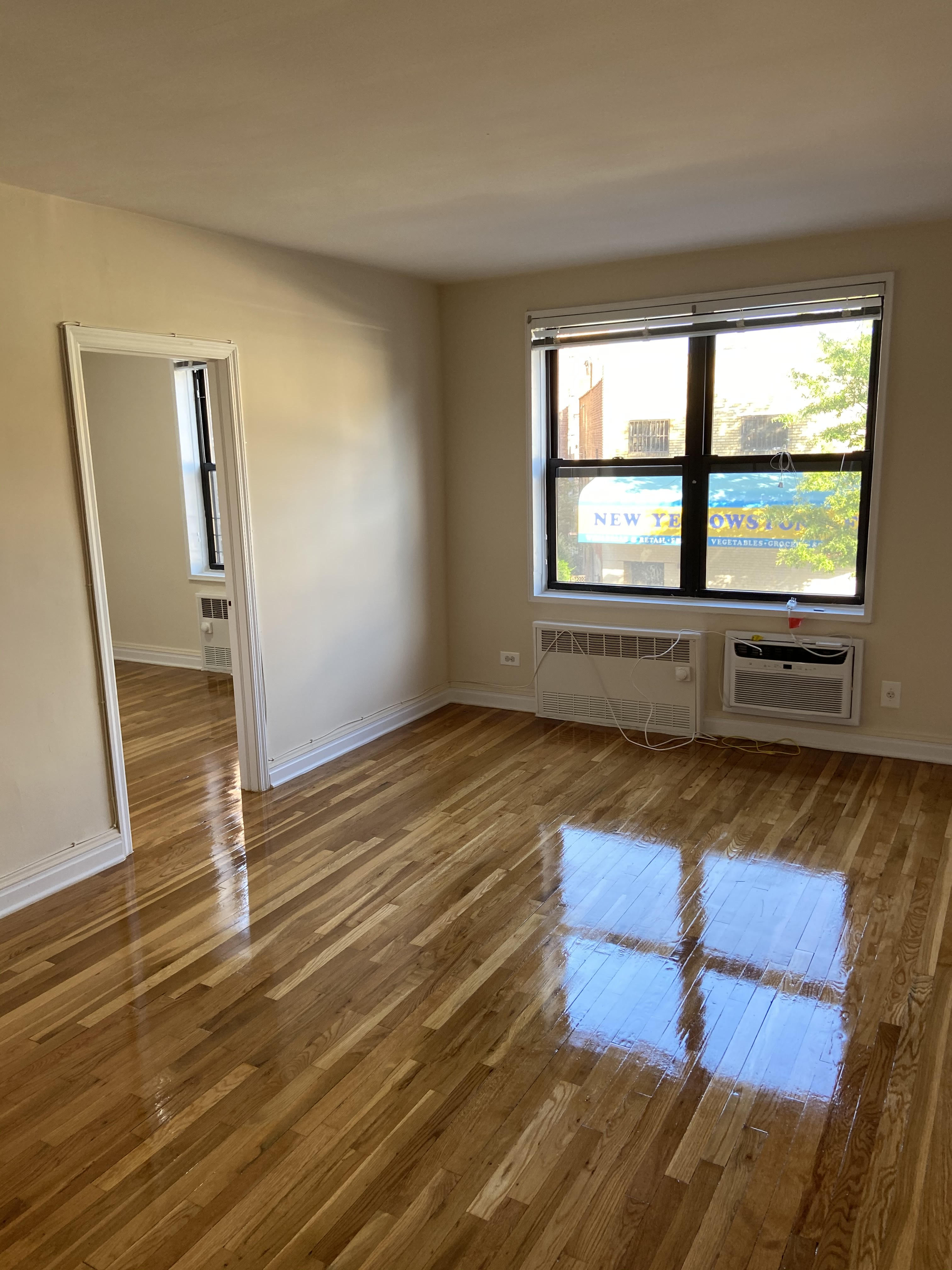 Apartment 67th Drive  Queens, NY 11375, MLS-RD3766-10