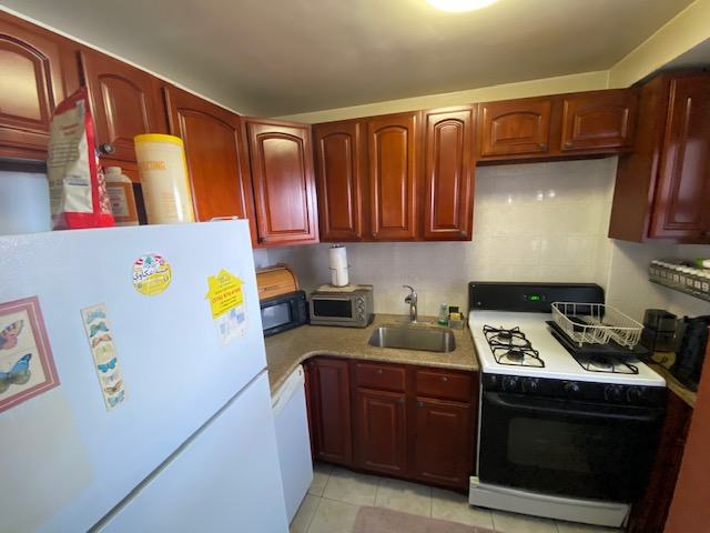 Coop 98th St  Queens, NY 11374, MLS-RD4041-8