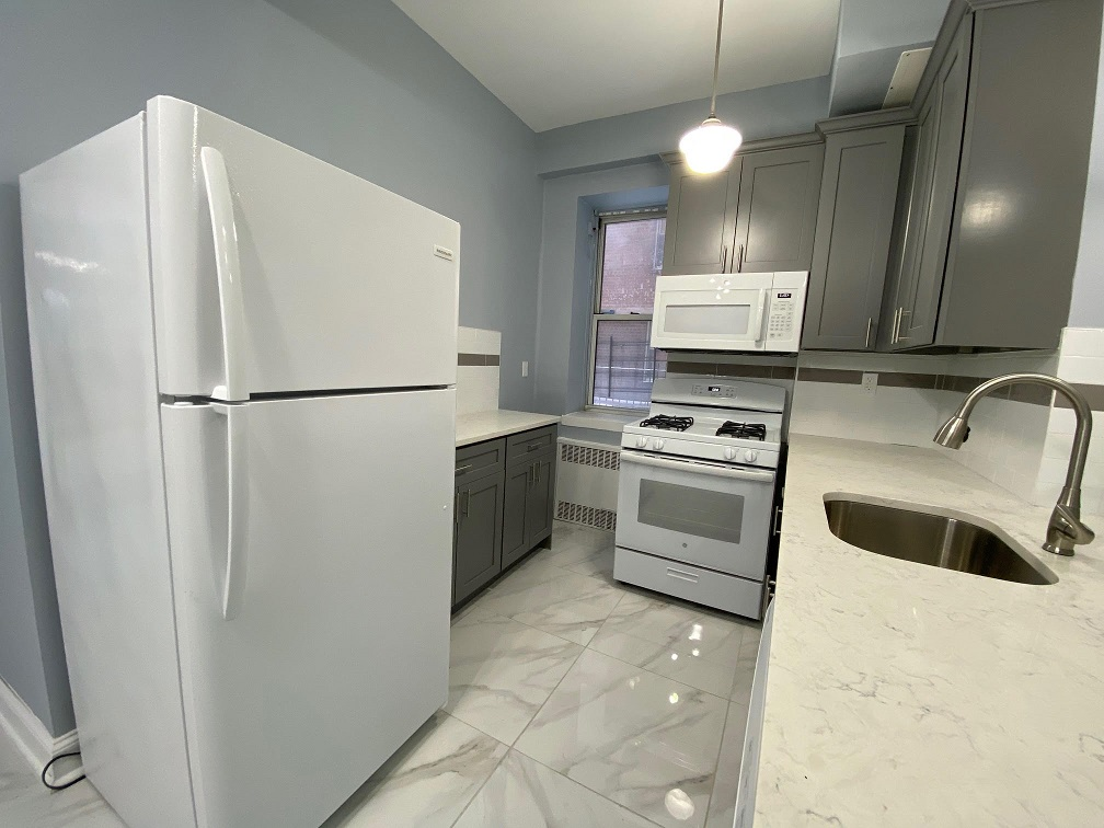 Coop 68th Drive  Queens, NY 11375, MLS-RD4076-5