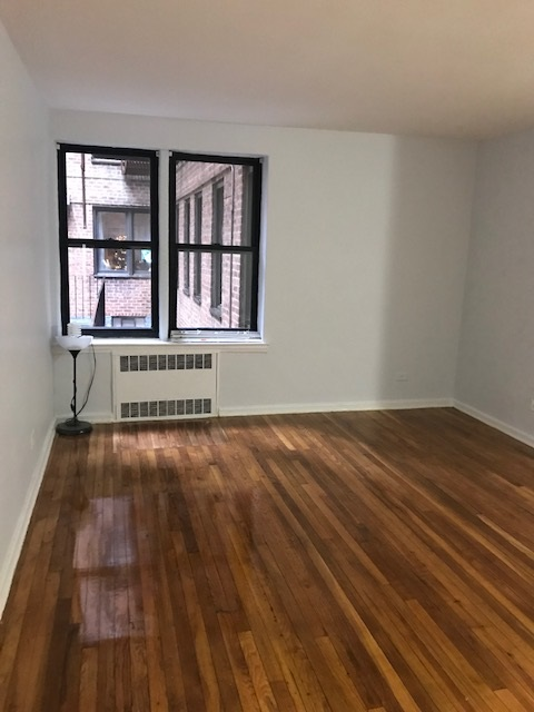 Apartment 116th Street  Queens, NY 11415, MLS-RD883-2