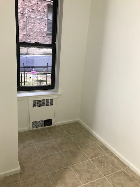 Apartment 116th Street  Queens, NY 11415, MLS-RD883-11