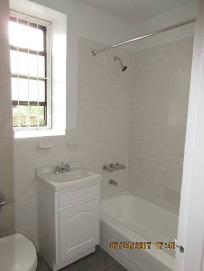 Sanford Ave  Queens, NY 11355, MLS-RD888-4