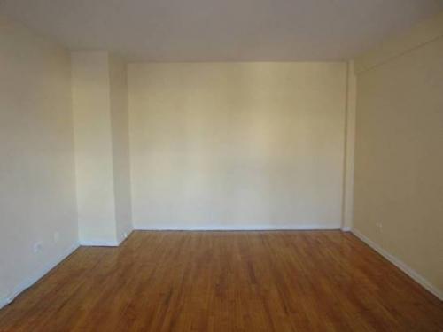 Apartment 35th Avenue  Queens, NY 11372, MLS-RD1081-2