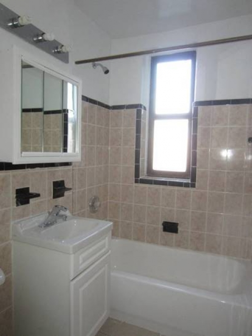 Apartment 35th Avenue  Queens, NY 11372, MLS-RD1081-5