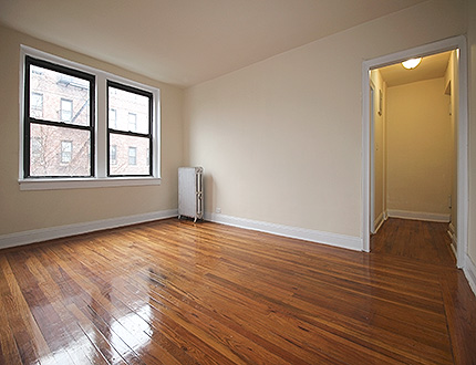 Apartment 47th Street  Queens, NY 11104, MLS-RD1105-3