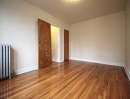 Apartment 47th Street  Queens, NY 11104, MLS-RD1105-5