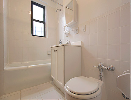 Apartment 47th Street  Queens, NY 11104, MLS-RD1105-7