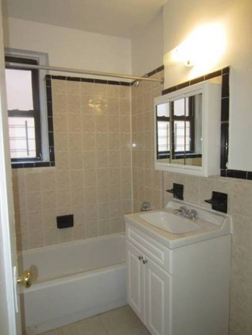 Apartment Elmhurst Ave  Queens, NY 11373, MLS-RD1314-2