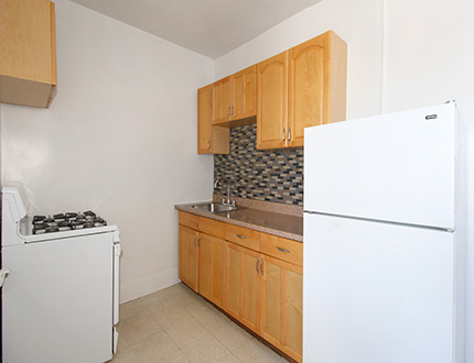 Apartment in Queens Village - 210th Street  Queens, NY 11428
