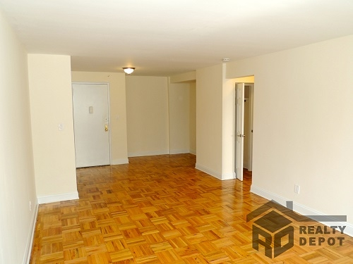 Apartment Ava Place  Queens, NY 11432, MLS-RD1366-9