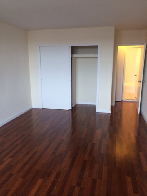 Apartment Queens Blvd  Queens, NY 11375, MLS-RD1564-7