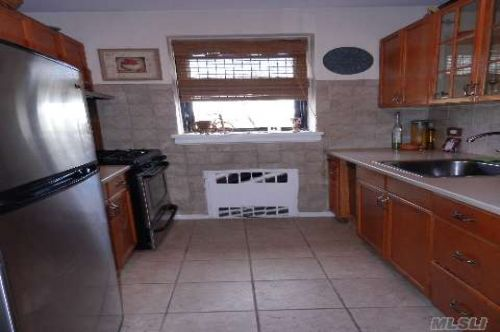 Coop Hoover Ave  Queens, NY 11435, MLS-RD259-4