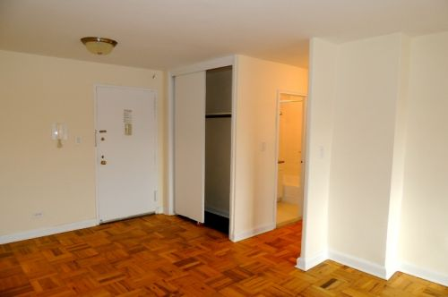bdr apartment for rent in jamaica estates queens ny 2 100 very