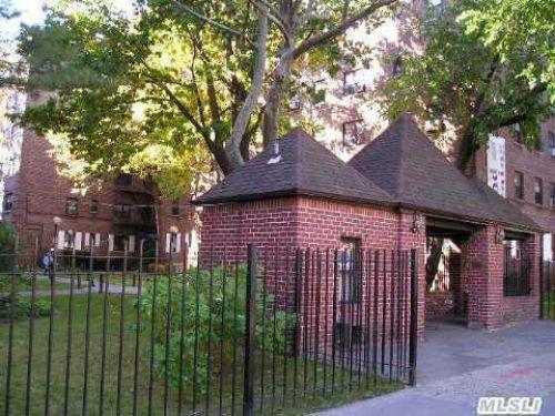 Coop in Kew Gardens - Metropolitan Ave  Queens, NY 11415