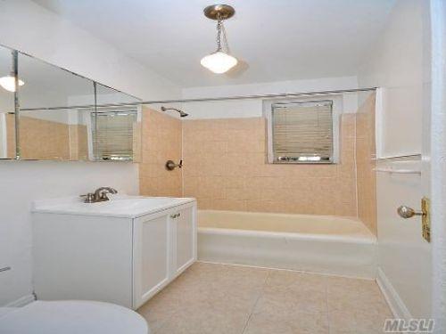 Coop Saunders St  Queens, NY 11374, MLS-RD425-5