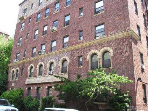 Coop Saunders St  Queens, NY 11374, MLS-RD425-7