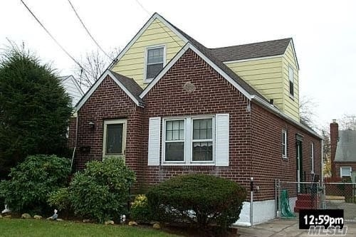 Single Family in Queens Village South - 116th Road  Queens, NY 11003